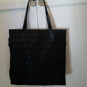 Black Givenchy Parfume Bag